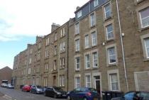 Property to rent in Ogilvie Street