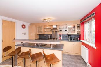 Property to rent in Riverside Drive, City Centre, Aberdeen, AB10 7LE