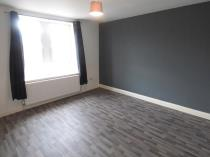 Property to rent in Glasgow Road, Hamilton