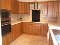 Property to rent in Weirs Gate