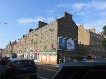 Property to rent in 90 Albert Street East 2/2