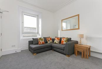 Property to rent in Summerfield Terrace, City Centre, Aberdeen, AB24 5JE