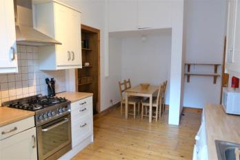 Property to rent in 9 Holyrood Quadrant, Glasgow G20 6HH