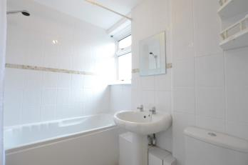 Property to rent in Crofthill Road, Croftfoot, Glasgow, G44
