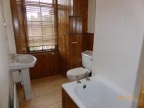 Property to rent in 97 Queensborough Gardens flat 3/1