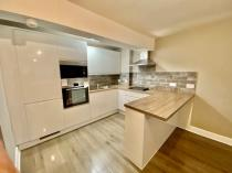 Property to rent in 33H Hamilton Drive