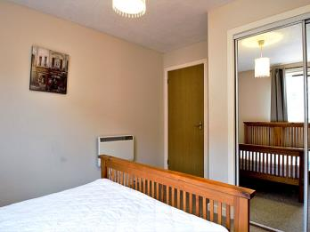 Property to rent in 40/4 Robertson Avenue