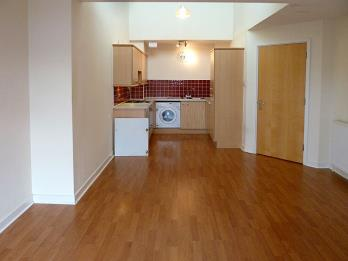 Property to rent in 7/14 Albion Gardens