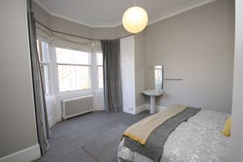 Property to rent in Crawfurd Road, Edinburgh
