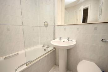 Property to rent in Drumsheugh Place, Edinburgh