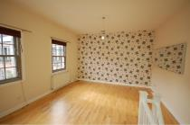 Property to rent in Iona Street Lane