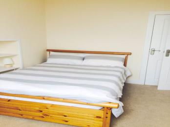 Property to rent in Fonthill Road