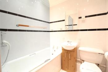 Property to rent in Polmuir Road, Aberdeen, AB11