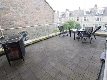 Property to rent in Great Western Road, Aberdeen, AB10