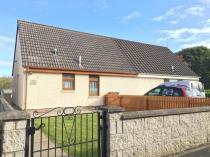 Property to rent in TORNASHEAN GARDENS