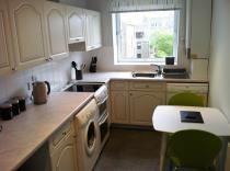 Property to rent in Caroline Apartments
