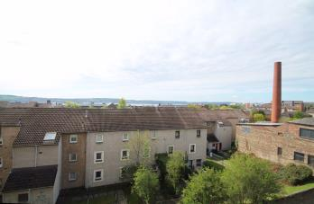 Property to rent in Dundonald Street