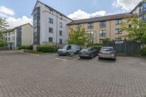 Property to rent in St Johns Hill, Edinburgh, EH8