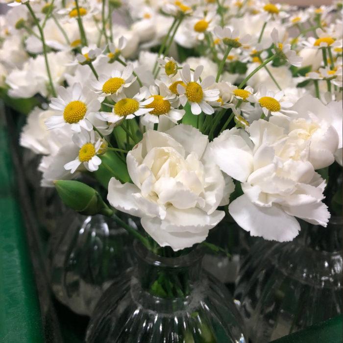 Florist-corporate-flowers_table-top-jarsjpg.jpg
