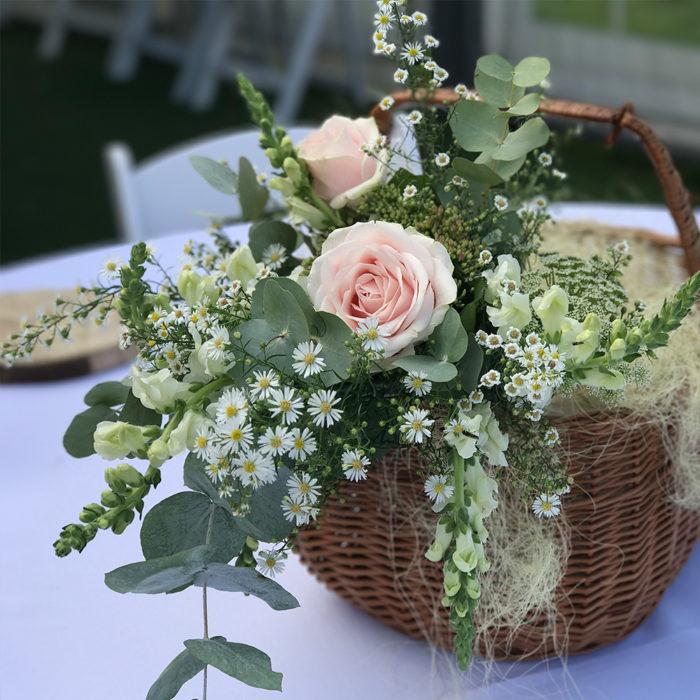 Tiff-wedding-basket-on-table-web.jpg