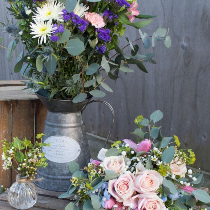 Wedding-flowers-jug-jar-and-bouquet.jpg