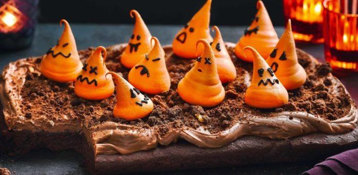 Ghoulishly-good-cake.jpg