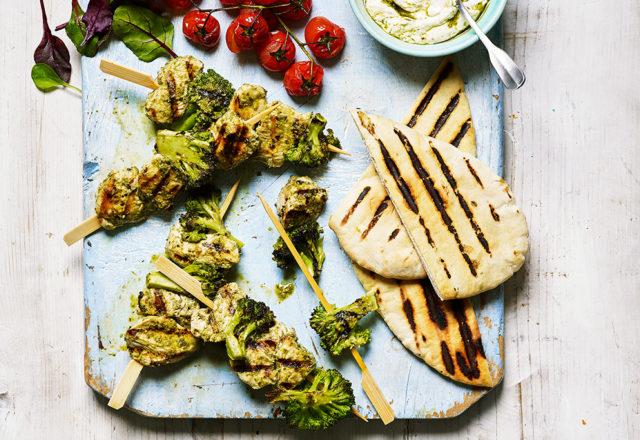 Chicken, broccoli and pesto kebabs