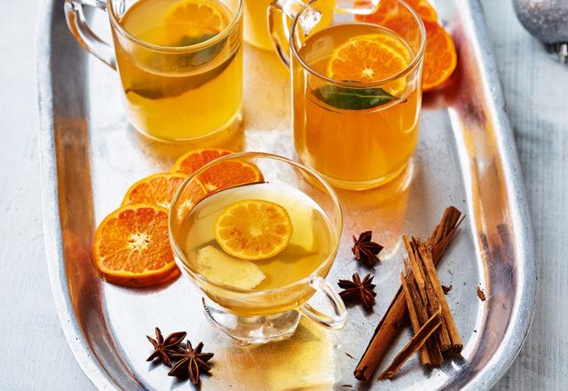 Mulled clementine cider (V)