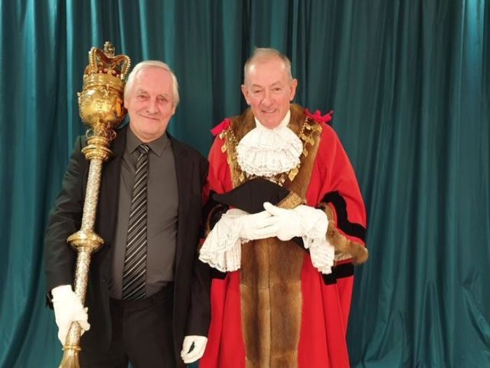Malcolm-with-former-Mayor-of-Louth-Fran-Treanor.JPG
