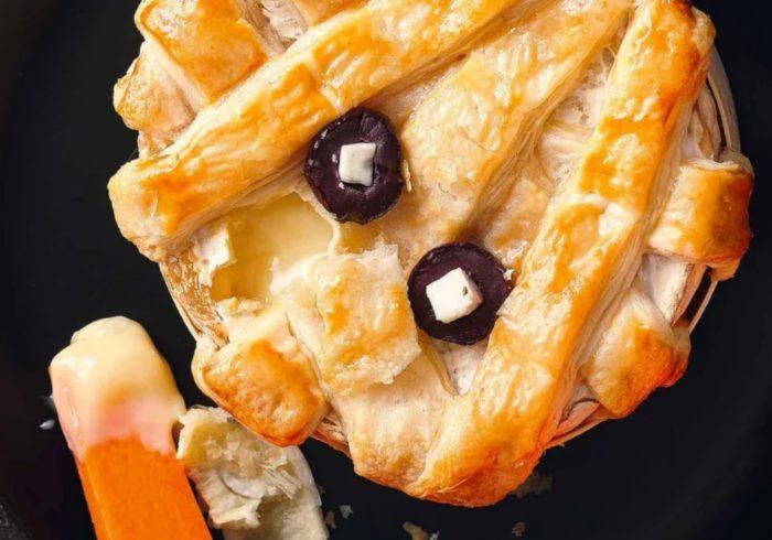 Mummified-baked-camembert.JPG