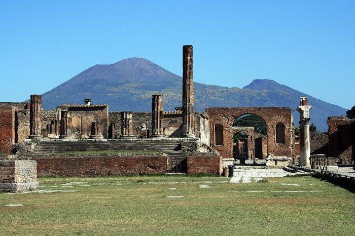 pompeii-web.jpg
