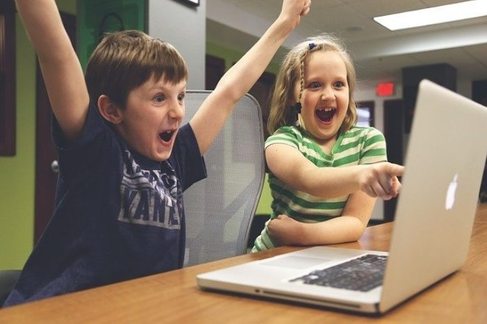 Children-winning-quiz.jpg