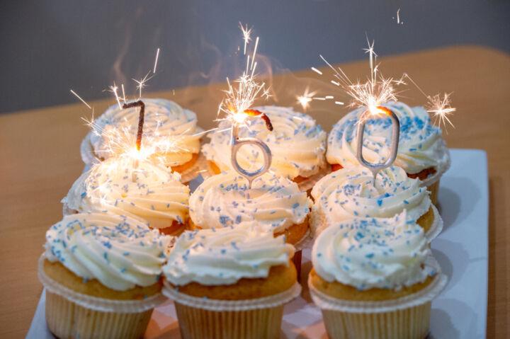 160Th Cupcakes 1