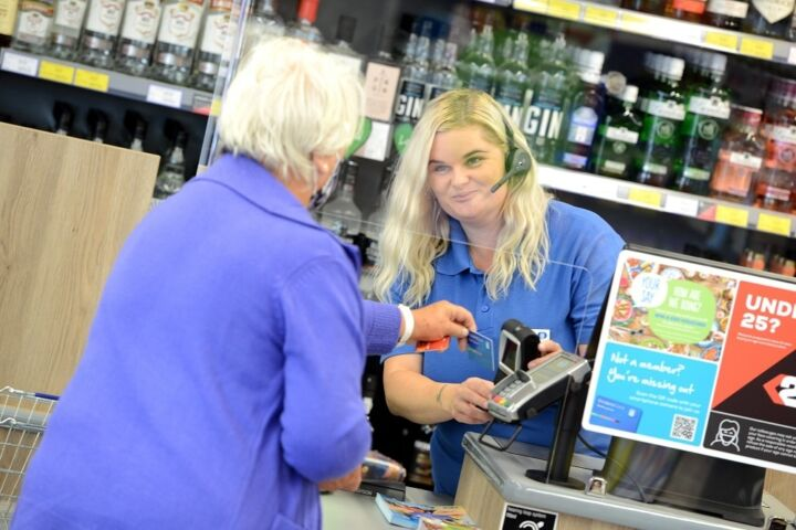 Keelby Colleague Serving Customer
