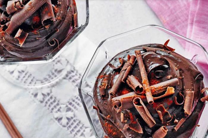 Avocado-chocolate-and-chilli-pots_web.jpg