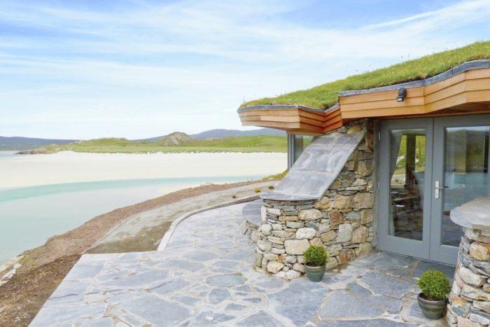 Beach-Bay-Cottage-Isle-of-Lewis.jpg