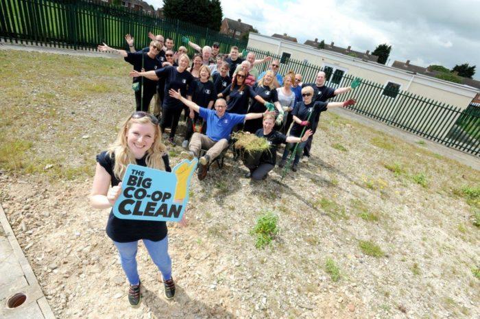 Grimsby-clean-group-4.jpg