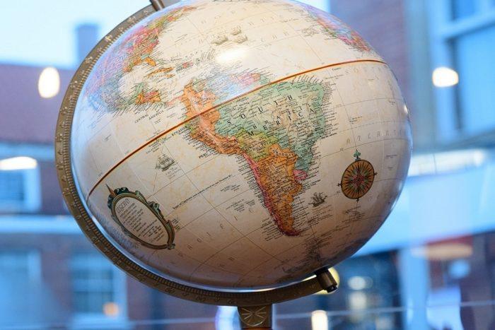 Travel-globe.jpg