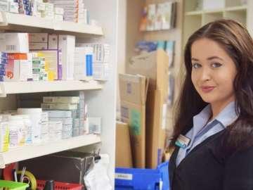 Sasha Peall Pharamcy Apprentice Jpg Jpg Small