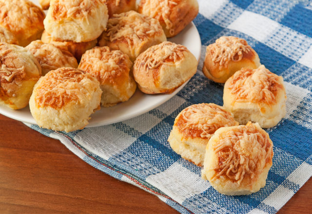 Cheese scones (V)