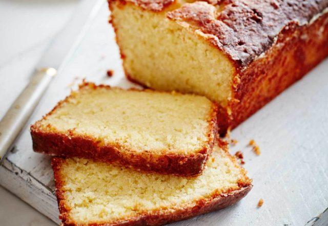 Gin and lemon cake (V)