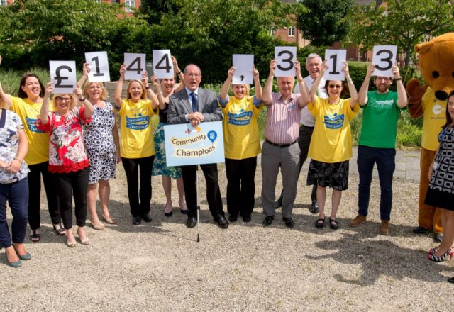 Shoppers give a £144,000 helping hand for hospices