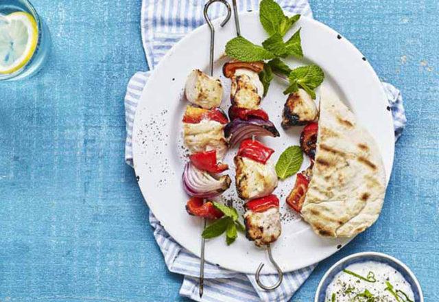 Honey & garlic chicken kebabs