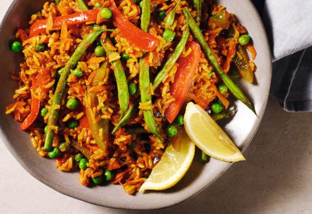 Warming Spanish smoky rice