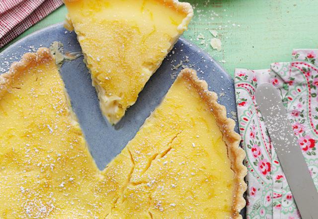 Zingy and zesty lemon tart (V)