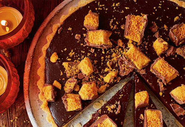 Crackling bonfire tart (V)