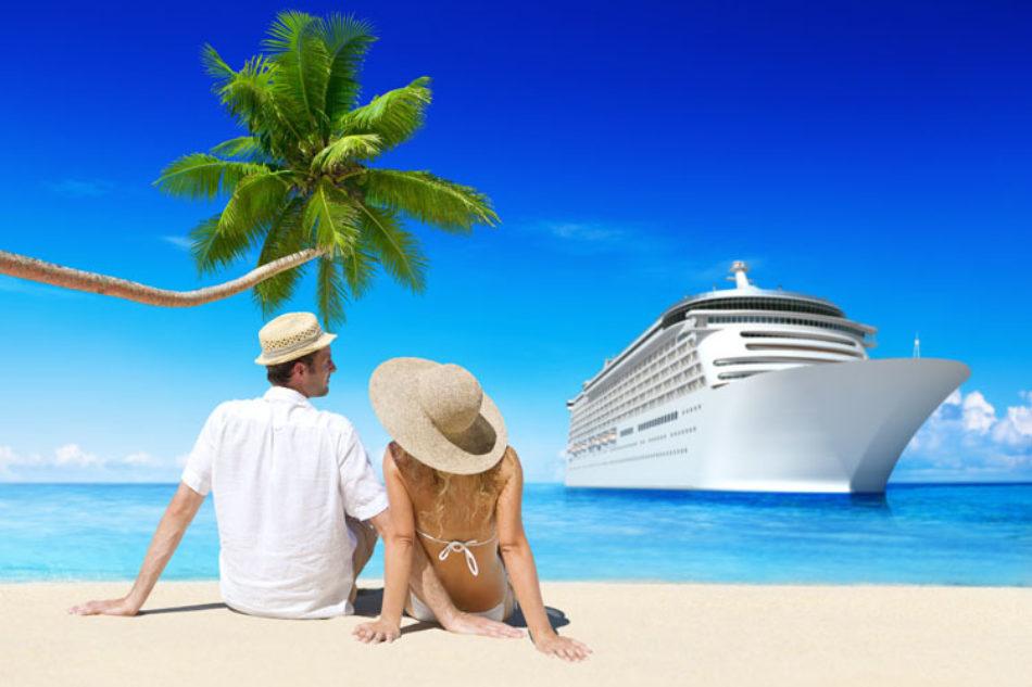Cruise Zone Beach Couple