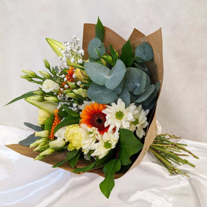 Monthly subscription - hand-tied bouquets