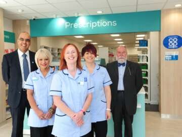 pharmacy_team.png