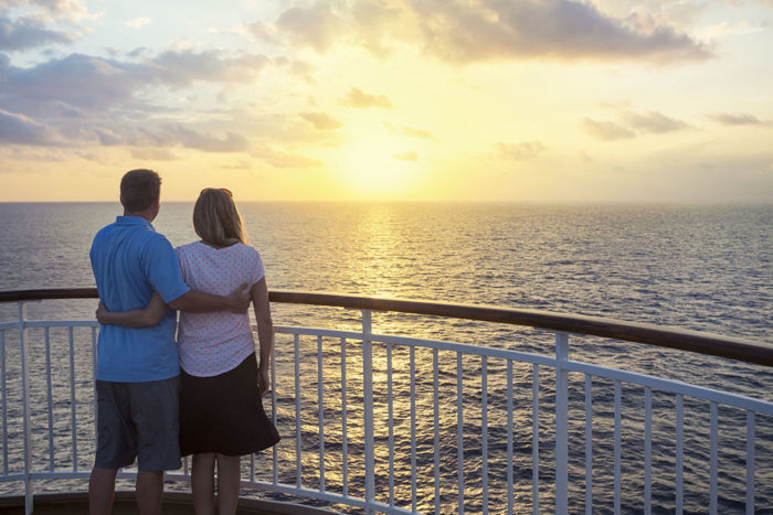 Couple-on-cruise.jpg